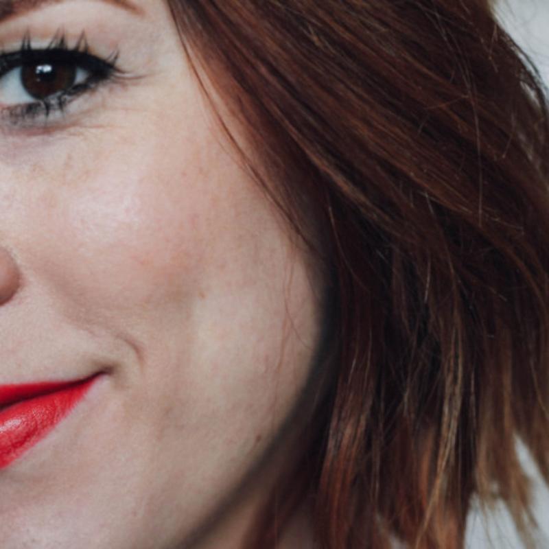 Makeup look, red lips