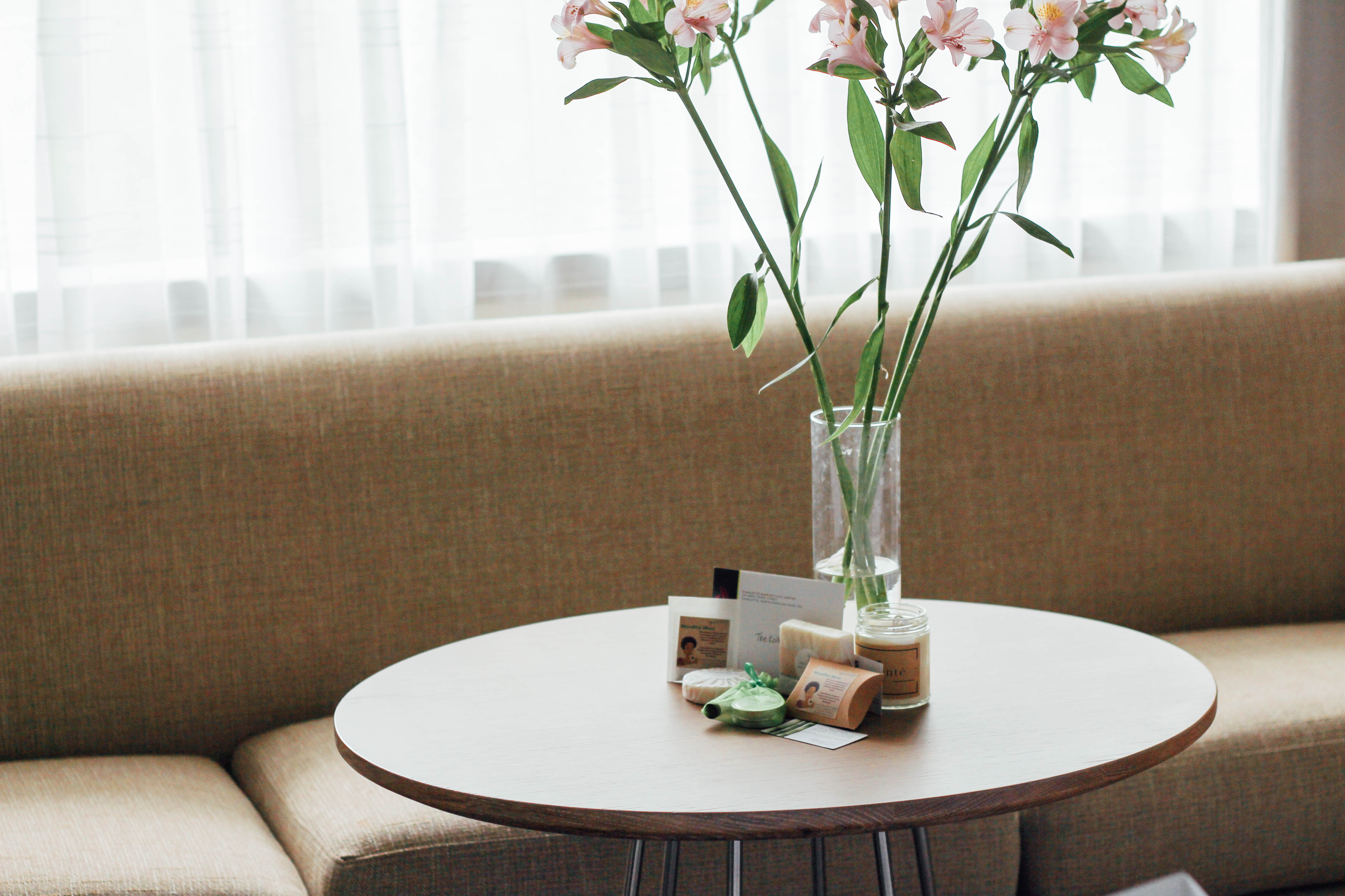 hotel room, welcome green beauty gifts