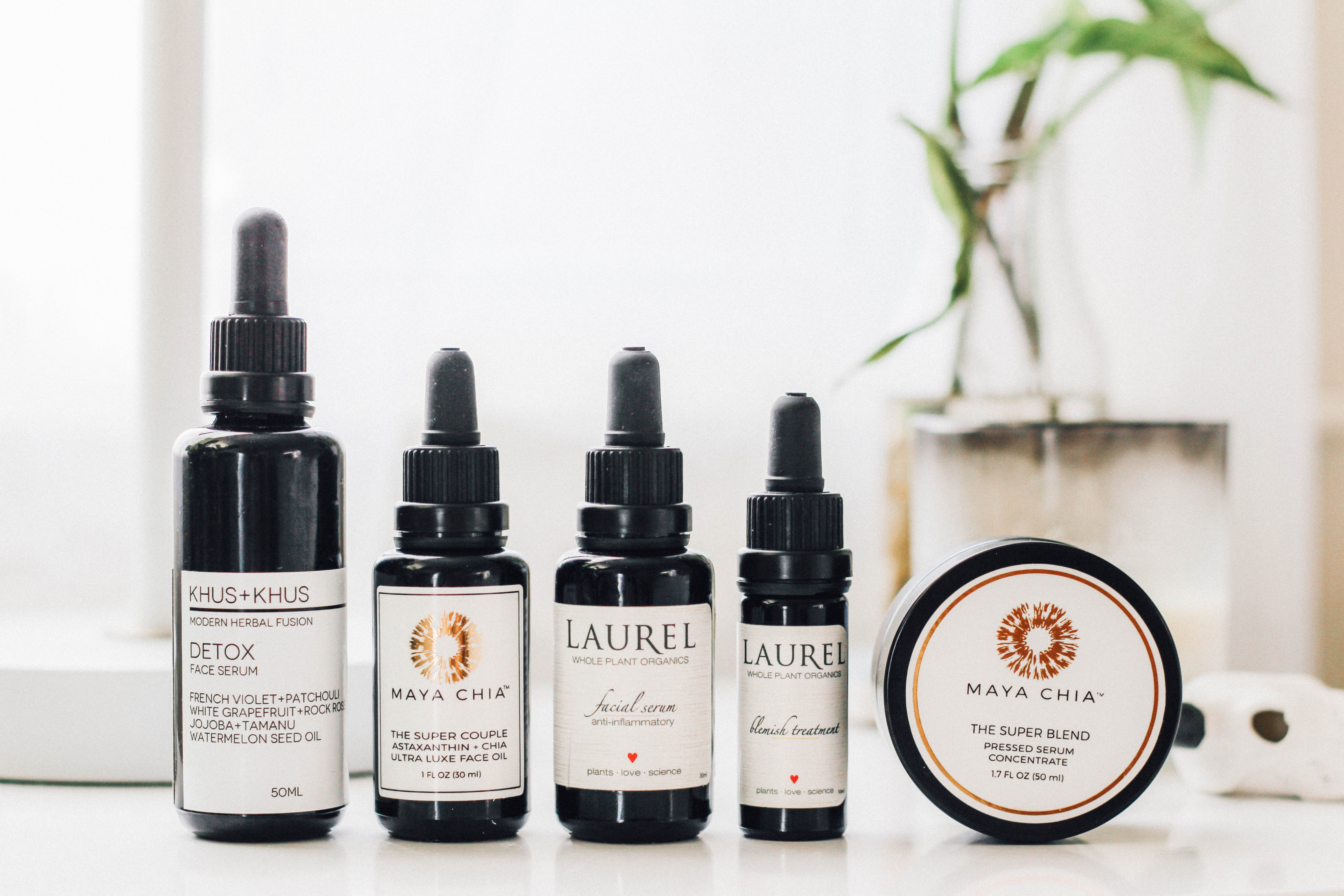 Organic serum, face oil and blemish treatment
